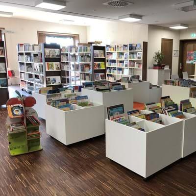Bücherei Neutraubling